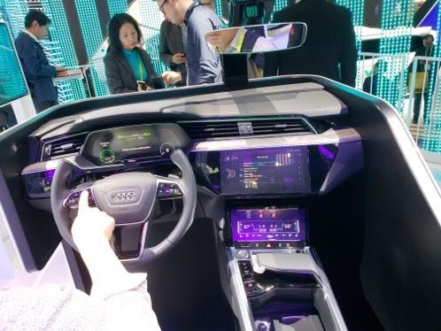 CES voiture connectée